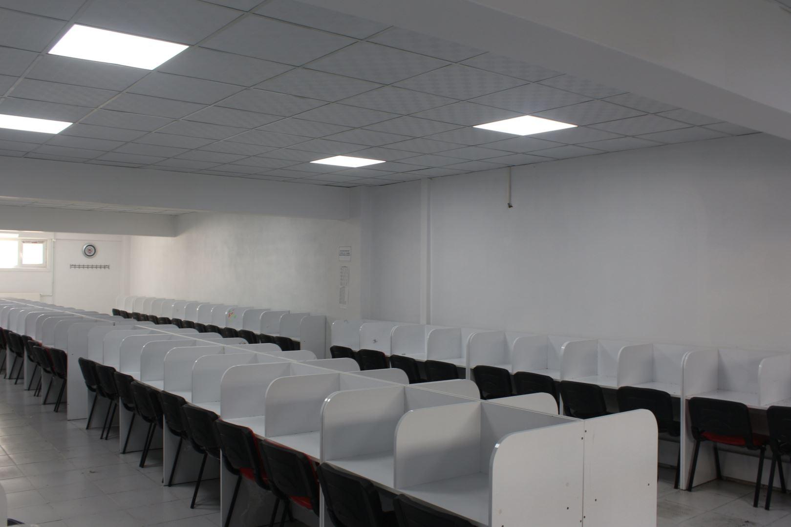 100 Kişilik Etüt Salonu
