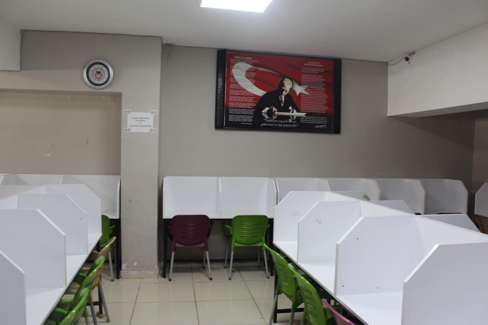 60 Kişilik Etüt Salonu